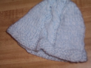newborn cabled hat